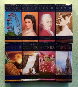 Schokoladen mit den Portraits berühmter Österreicher, darunter natürlich Sissi.