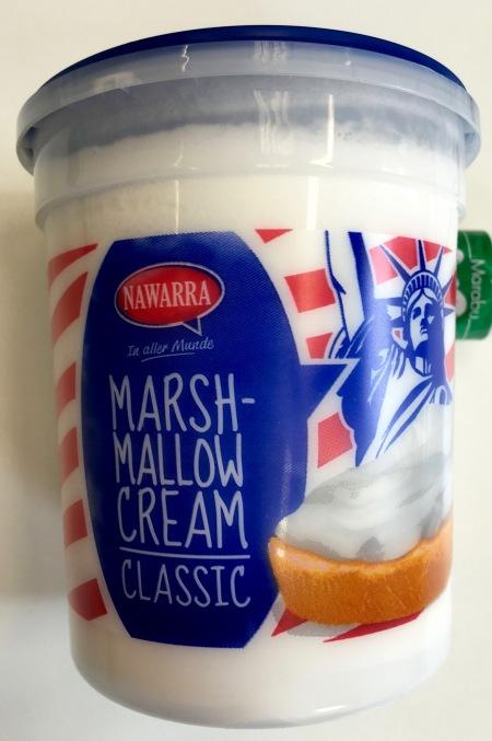 """Marshmallowcream Classic von Nawarra Süßwaren GmbH, Havixbeck, www.nawarra.com Nawarra produziert nach Übernahme der """"Vogtländische Waffelfabrik Stüss & Co"""" seit 1992 Schaumwaffeln, inzwischen auch Marshmallows, salzige Snacks und Kuchenspezialitäten."""