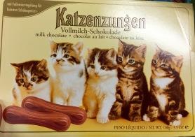 Katzenzungen aus Milchschokolade von Sarotti