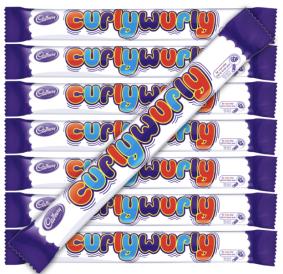 """CurlyWurly von Cadbury (Mondelez) wurde 1970 in Großbritannien erfunden und trat von hier seinen Siegeszug in die Welt an. In Deutschland hieß es zwischenzeitlich """"Leckerschmecker"""", aber inzwischen trägt es auch hier seinen englischen Namen."""