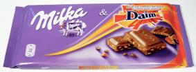 2 Brands in 1: Milka mit Daim (Schokolade mit Hartkaramellsplittern)