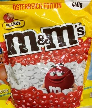 """M&M (Mars) als """"Österreichisch Edition"""" - besonders schamhaft wird hier de Nähe zur Fußball-EM hergestellt, um Tantiemen zu sparen."""