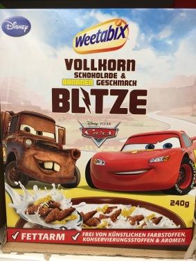 """""""Cars""""-Protagonisten aus dem gleichnamigen Zeichentrickfilm von Disney/Pixar auf einer Weetabix-Packung."""