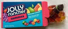 Jolly Rancher Gummies von Hershey haben eine perfekte Größe und angenehm weiche Konsistenz, allerdings gibt es hier wieder eine tpyisch amerikanische, für uns schier ungenießbar künstliche Sorte und zwar Wassermelone. Die schmeckt echt scheußlich - übrigens genau so scheußlich wie Wassermelone in der Starburst Sour-Tüte.