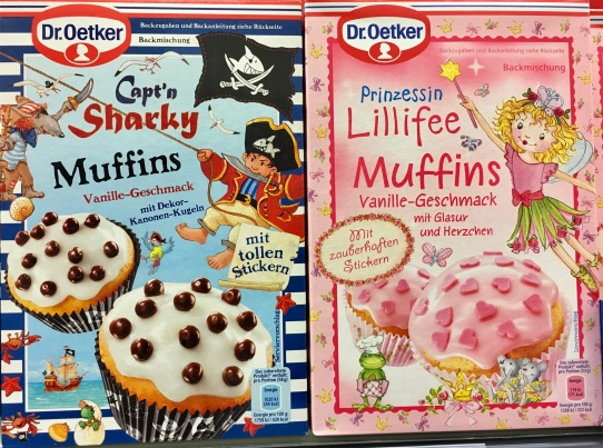 Selbst Dr. Oetker wird langsam etwas origineller und bietet Sharky- und Prinzessin-Lillifee-Muffins an.