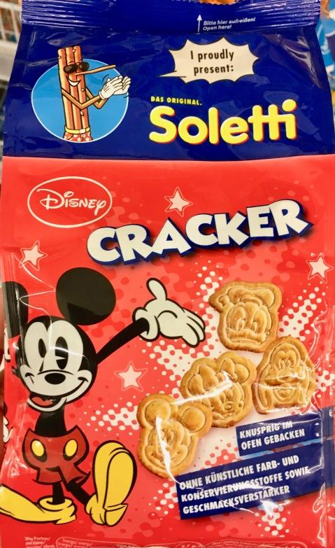 Soletta ist in Österreich Marktführer für salzige Snacks, insbesondere Salzstangen. Jetzt bringt er auch Cracker mit Mickey Maus-Motiven heraus.