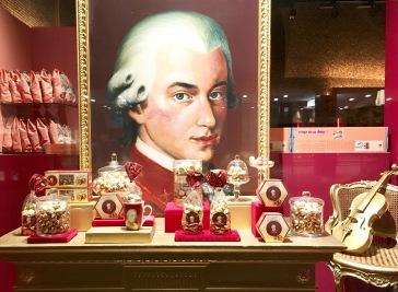 Mozartkugeln Victor Schmidt Manner