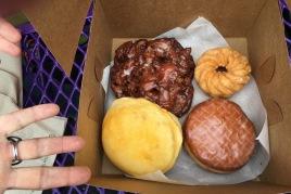 Voodoo Doughnuts Portland Auswahl 4 Donuts