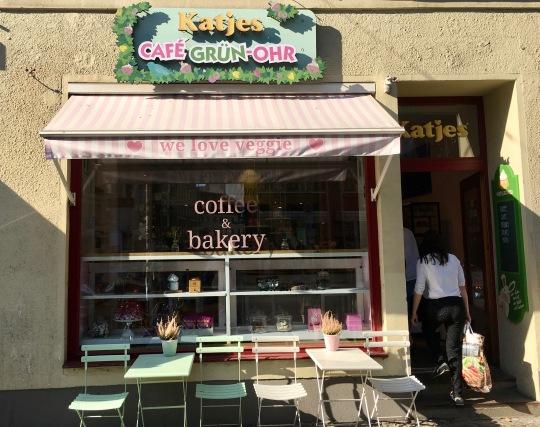 Katjes Grün-Ohr Cafe von außen